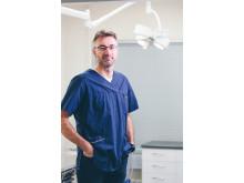 Pieneläinsairauksien erikoiseläinlääkäri Mikael Granholm