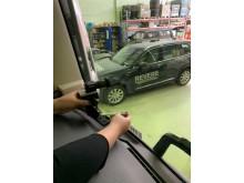 Kameror monteras i lastbilen som ska användas i projektet Autofreight.