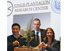 Press photo: Inauguration of the Tongji-Plantagon Research Center in Shanghai April 3rd