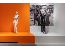 Installationsbild från utställningen Margiela, åren med Hermès