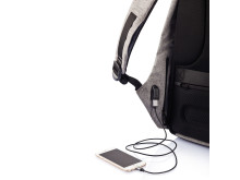 Den stöldskyddade ryggäcken har integrerat stöd för powerbanks