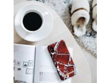 Scarlet Red Marble mobildeksel 299,-