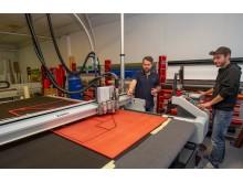 Trygve Walle hos PS Press har vært ansvarlig for produksjonen, der mye er printet på Valchromat-plater