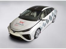 Toyotas testbil med platta satellitantenner