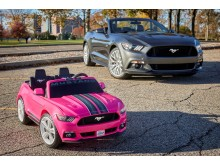 A Ford és a Fisher-Price bemutatja a Mustang gyermekváltozatát, minden idők legmodernebb Power Wheels kisautóját
