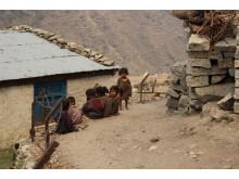 Barn i Mangri. Foto Matilda Hector