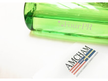Four PR siktar in sig på amerikanska varumräken.