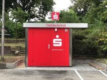 Geldautomat Neuenhausen (Seitenansicht Parkplatz)