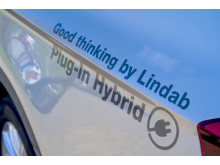 The cars are striped with Good Thinking from Lindab.