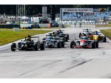 Startbild Race 1. Foto: Jerry Karlgren/STCC