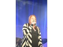Sanna Raatesalmi från Väsby på andra plats i Väsby melodifestival 2013