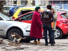2019-WTG-Plowdiw-Katzenfängerin-Gespräch