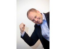 Max Söderpalm, Tvärtom - hur du blir framgångsrik, lycklig och rik genom att göra tvärtom