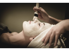 Yasuragi lanserar organisk signumbehandling med Abloom Holistic Organic Skin Care