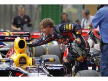 Sebastian Vettel och Pirelli PZero slår nytt rekord i årets F1-VM, 15 pole positions på en säsong.