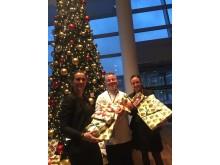 Medarbejdere ved Clarion Hotel Copenhagen Airport har vært med at indsamle julegaver til EventyrJul