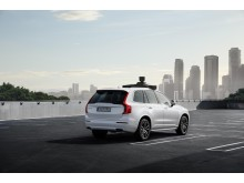 Volvo_Cars_and_Uber_present_production_vehicle_ready_for_self-driving 1