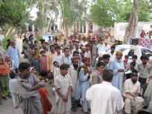 I väntan på mat i Sindh-provinsen