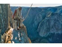 Oscarnominerade Free Solo  visas på National Geographic lördag den 9 mars kl 20.00.  Från och med söndag den 10 mars finns Free Solo även att se på National Geographic+.