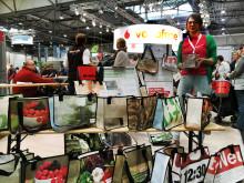 Toom Baumarkt sammelt für Bärenherz: Spendenaktion auf der Messe Haus-Garten-Freizeit