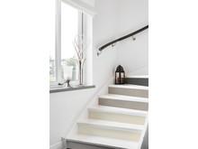 sadolin_minimakeover q3_stairway_cool sand_sandcastle_smoaked oak