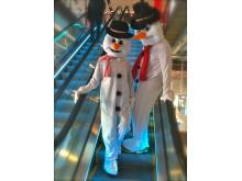 Kom och träffa Snögubbarna, Tomten och renen Rudolf med röda mulen