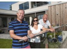 (F.v.) Byggherre Jon Nordsletten, arkitekt Line Stokholm og distriktssjef i Weber Jon Woxvold.