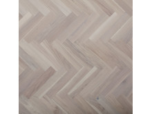 Bjoorn herringbone parquet white oiled rustic