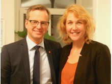 Näringsminister Mikael Damberg med VD för Coompanion, Kristina Herngren