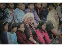 Nepal_Mia och Penny i barnbyn Kavre