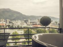 Utsikt fra jacuzzi i Hotel Norge suiten - Copyright Francisco Munoz