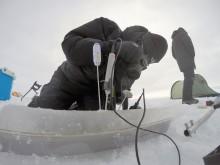 Måling av temperatur i is på Grønland