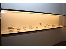 GRASSI Museum für Angewandte Kunst - Metall- und Glasobjekte von Christopher Dresser