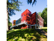 Modernes Schulgebäude