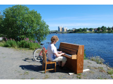 Piano vid älven