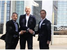 Tar i hand om partnerskapet: fr vänster Matthias Kettelhoit, Jan Nilsson och Rickard S. Dahlberg.