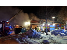 Släckningsarbete branden Hackås skola