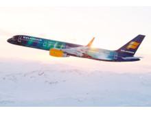 Hekla revontulet Icelandair