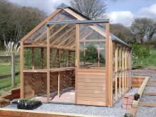 Medelstort växthus med underbar karaktär