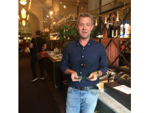 Luzette tar emot pris för Årets bästa restaurang i City/Norrmalm