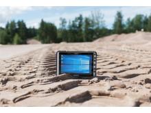 ALGIZ 8X är en datorplatta som är helt tätat mod sand och damm