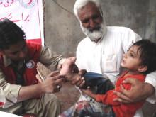Pakistanska Röda Halvmånens hjälper 100-200 patienter dagligen