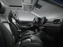 hyundai_i30_interior_black