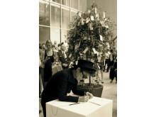Yoko Ono, Wish Tree