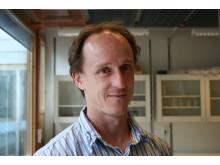 Mikael Oliveberg, Institutionen för biokemi och biofysik.