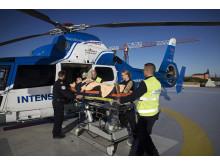 Luftburen intensivvård (ambualnshelikopter på plattan)
