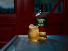 Tullamore DEW_Hen-drinken