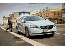 Volvo's pilot project with urb-it, a Swedish start-up, will deliver your online shopping to your Volvo in under two hours.