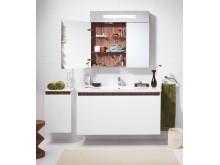 Nautic - möbler i vit högglans med dekorlist i oliv