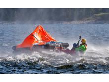 Evakueringsövning från livflotte